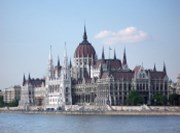The Hungarian government is trying to increase room to manoeuvre for IMF talks