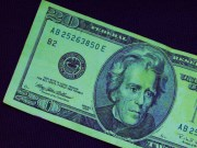 CEE currencies rally on dollar weakness