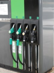 OMV: Sells 99 filling stations in Italy