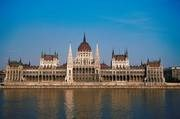 Hungary - Debt management and euro entry