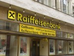Raiffeisen International sees no net loss in 2009, equity issue expected