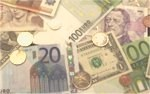 CEE currencies rebound on positive euro-crisis anticipation